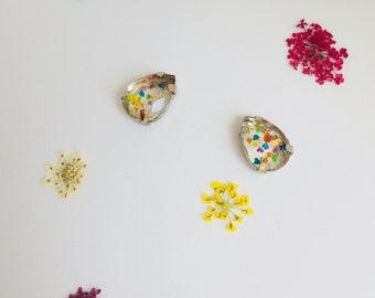 Real flower confetti earrings