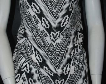 Rayon Challis 100% Woven Fabric Natural Fiber Beautiful Chevron tribal print