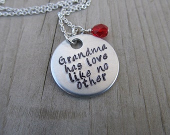 """Grandmother's Necklace- Grandmother Jewelry-  """"Grandma has love like no other"""" with a birthstone or an accent bead in your choice of colors"""