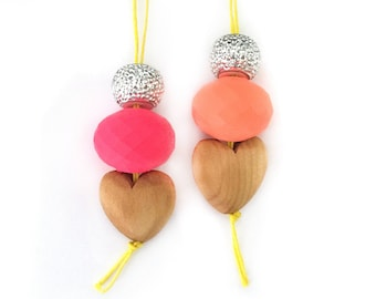 girl necklace - kids necklace - kids jewelry - girl gift - teen gift - wooden necklace - neon jewelry - beaded necklace - trendy jewelry