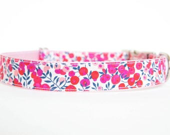Liberty of London Dog Collar - Red/Pink Berries
