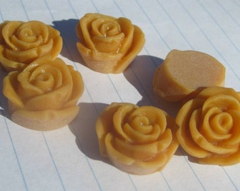 10 ROSE BUD Cabochons - 20mm - Mustard Color