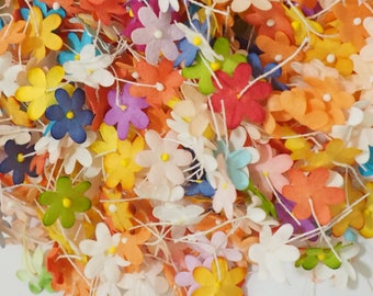 SALE 250 Mixed Assortment Colors Die Cute Paper Flowers Scrapbooks Wedding Small Card Toppers