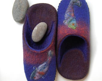 Fishes art slippers Men wool house shoes Felted men slippers gift for Fisherman Brown denim Blue slippers - to order