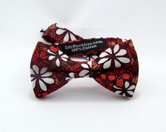 Floral Bowtie – Prom, Wedding or everyday use Mens or Boys Pretied Bow Tie.