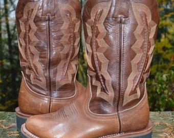 Size 6B ~ Durango Women's Crepe Roper Boots