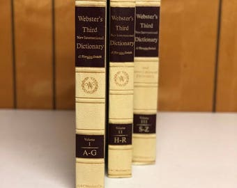 Webster's Third New International Dictionary and Seven Language Dictionary, Volumes 1, 2 & 3