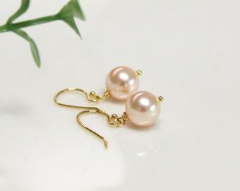 peach pearl Earring, Swarovski Pearl , Bridesmaid gifts, wedding earrings