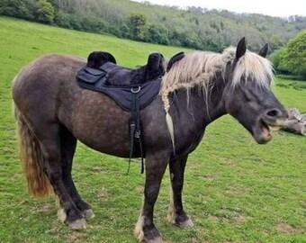 Treeless iberian western style bareback pad saddle  black