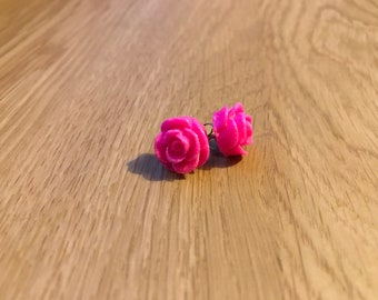 Sparkly Fuschia Rose Stud Earrings // Beautiful gift for any occasion