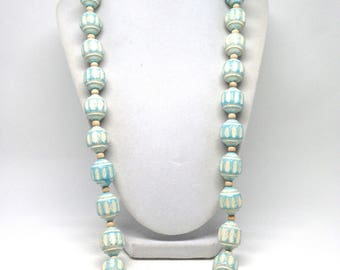 Vintage Estate Light Mint Green Chunky Bead Gold Tone Necklace