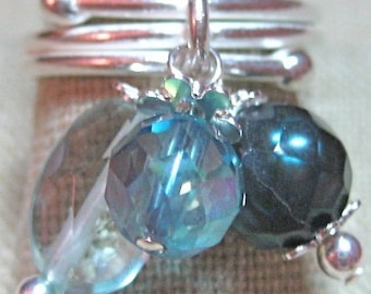 Facetted Blues Aquamarine & Freshwater Pearl Cluster Dangle Ring - R072