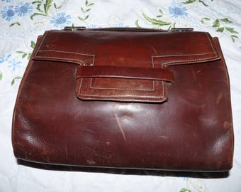 Vintage French leather handbag with a fabric lining - 1930-1940's