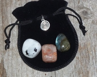 Creativity &  Inspiration Intention Bag - spiral artist crystal gemstone labradorite sunstone rainbow moonstone mojo gris gris medicine bags