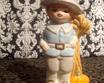 Sweet Little Pilgram Figurine. Kitsch Thanksgiving Harvest Pumpkin. Sweet little face!