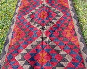 """Runner Maimana kilim/rug/carpet. Natural Wool. Handwoven. 6 ft 5"""" x 3 ft 4"""". 196 x 102 cm."""