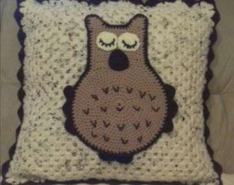 Owl Cusion 16x16 Inch