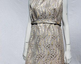 Vintage 60's BROCADE gold dress size large vintage 18 Hong Kong Mad men mid century MINT by thekaliman