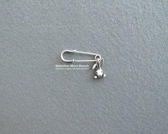Micro charm brooch _ Rabbit