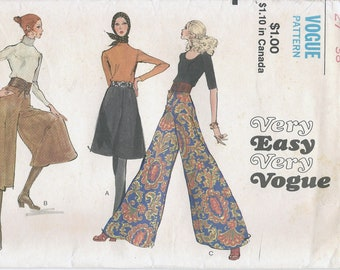 1970s Very Easy Vogue 7909 Misses' Gaucho Pants Sewing Pattern UNCUT