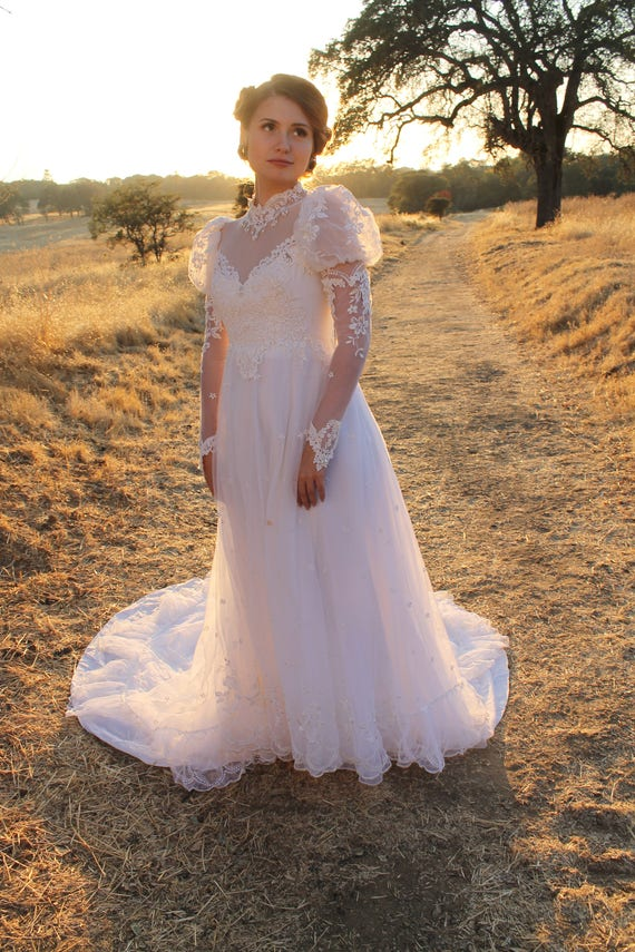 MELODY Vintage 1980's Wedding Dress White Princess Cut Long Sleeve Lacy Cuffs Maxi Gown with Train Floral Applique Bridal
