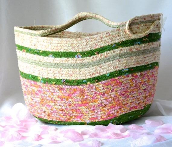 Beach Tote Bag, Handmade Moses Basket, Shabby Chic Storage Organizer, Coiled Picnic Basket, Clothesline Rope Gift Basket