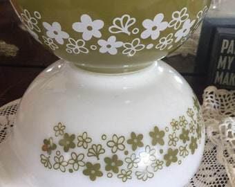 Spring blossom green cinderella mixing bowls