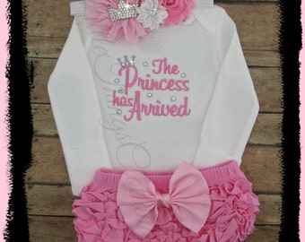 Newborn, Baby girl coming home outfit, The princess has arrived, baby girl clothes, baby girl outfit, baby girl take home outfit, set, gift