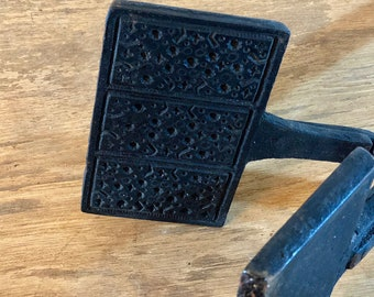 FREE INTERNATIONAL SHIPPING - Antique Wafer Iron from 1800s Sweden