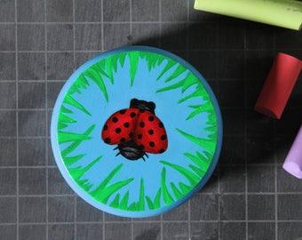 Wooden Ladybug Yo-Yo, handpainted 5.5 cm