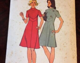 Simplicity Dress Pattern 5732 Size 12 Bust 34
