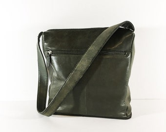 Genuine leather shoulder bag - Green leather shoulder bag - Green leather handbag - Leather purse - Women's leather purse
