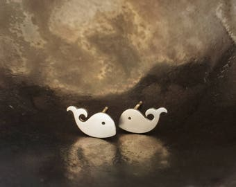 A-hoy sailor! - Mini whale stud earrings