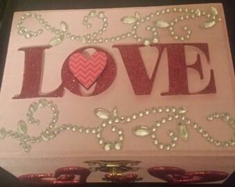Free Necklace Love Jewelry Box Keepsake Box Storage Box He Loves Me He Loves Me Not Necklace Gifts for Her Valentine Gift Box Handmade Box