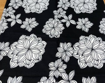 Black and White Wax Cotton, African Wax Print fabric, Floral Cotton, African Print, fabric, African Ankara, sold by the yard