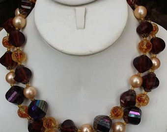 Vintage two strands lucite and glass beads necklace choker
