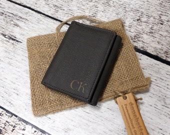 Personalized Tri-fold Mans Wallet - Monogram - Gifts for Men - Groomsmen Gift - Husband- Graduation - Leather - Monogrammed - Christmas