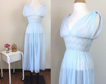 Vintage 1950s lingerie/ Pastel blue / sheer Negligee / Grecian style / Fitted waist / Loungewear