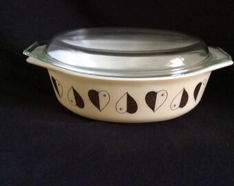 Pyrex vintage casserole heard