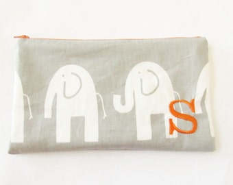 Large Makeup Bag - Grey Pouch - Monogrammed Cosmetic Bag - Bridesmaid Bags - Personalized Clutch - Large