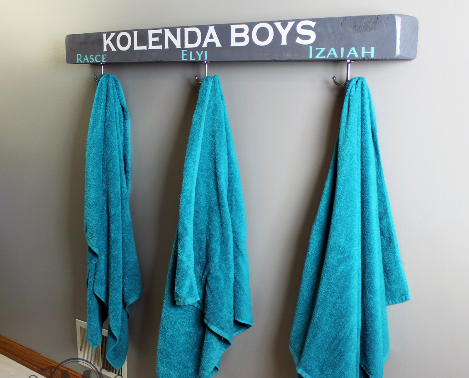 Towel rack.towel bar.bathroom towel rack.towel holder.towel