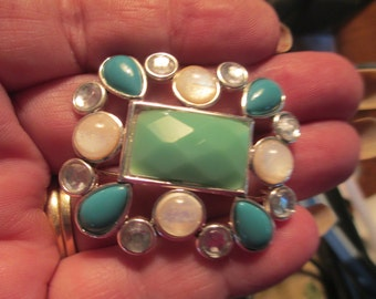 Vintage  silver tone green, blue, and white medallion metal brooch 1 3/4 no markings
