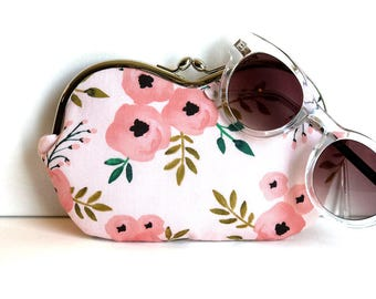 Sunglasses case, large sunglass case, blush sunglass case, eyeglass case, sunglass holder, small clutch, coin purse, bridal clutch