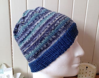 Blue Coast for men, teen or unisex Hat wool jacquard fine, degraded colors of blue