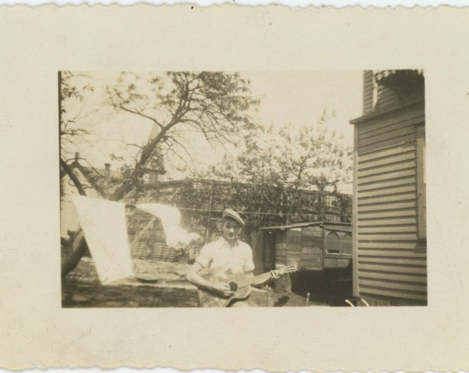 Vintage Snapshot Photo: Guitar Player, Laundry Line, c1930s [86696]