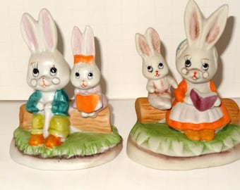 Set of Two Grandma and Grandpa Bunnies Reading to Grandkids Porcelain Home and Garden Collectibles Figurines Animal Figurines