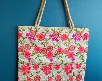 Embroidered shoulder bag, Embroidered tote bag, floral shoulder bag, market bag,yoga bag, shopping bag, gifts for her, teacher gift