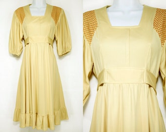Vintage 70's Tan Light Brown Belted Full Skirt Dress Size S
