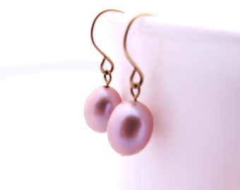 Mother Day Gift, Lilac Pearl Earrings with Goldfilled Earwires, Dangle Pearl Earrings, Freashwater Pearls, Pearls Earrings, Purple Earrings