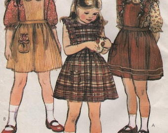 Girls Jumper or Sundress, Blouse & Toy Mouse, Childs Size 4 Uncut Printed Paper Pattern, 1980s